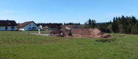 Im Neubaugebiet Alter V herrscht rege Bautätigkeit - die ersten Neubauten werden bereits erstellt