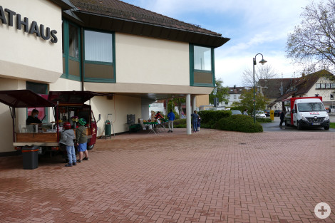 Markt Crepes Stand, Metzgerei Hils, Frischeparadies